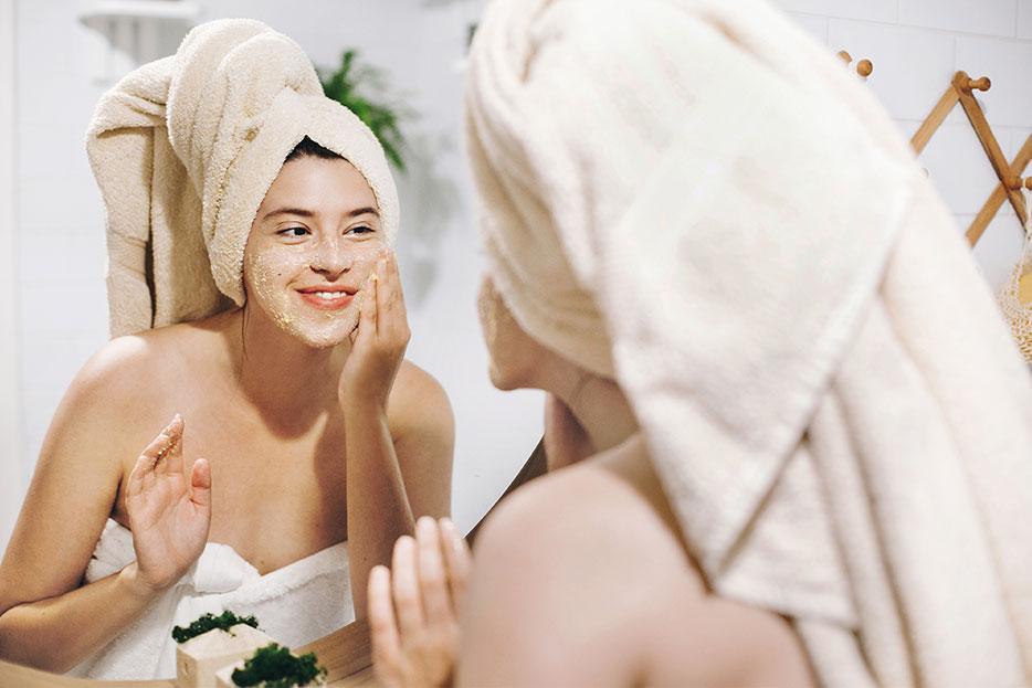 ¡Renuévate y renueva tu piel con estas técnicas de exfoliación!